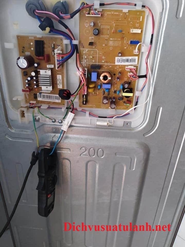 sửa chữa tủ lạnh Toshiba